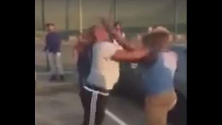 32074929-Fight in Gulfport posted to social media-404023