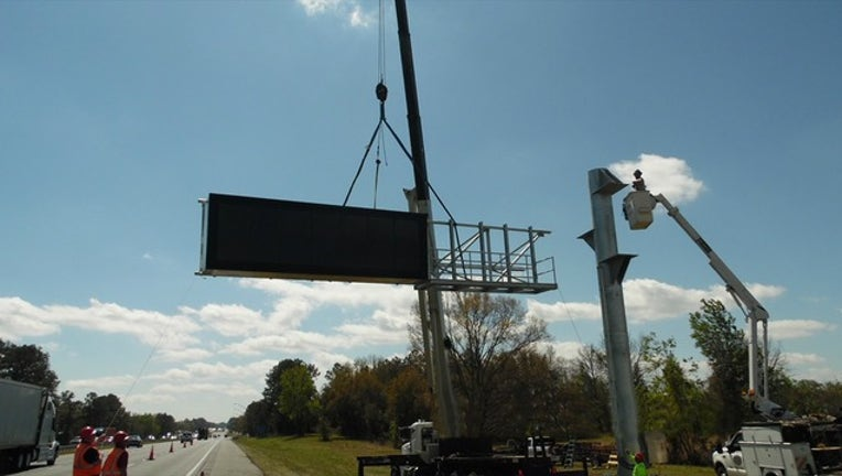91156ed2-ITS message board sign installation_1520962202383.png.jpg