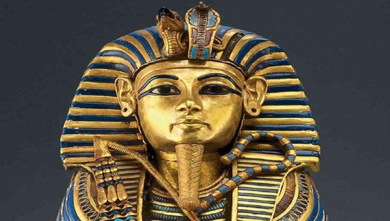 9f16c4d3-King Tut gold mask_1443565609766.jpg