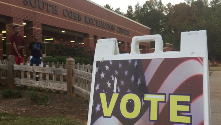 4366fb62-Last day early voting lines SCobb Rec Center_WAGAaf06_189.mov_00.00.00.14_1478303132842-404959.png
