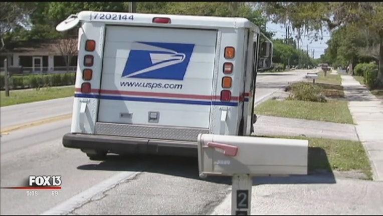 c0b741eb-Mailman_accused_of_theft_1_20150930213048-401385