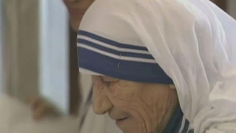 5b8bcb99-Mother Teresa-402970