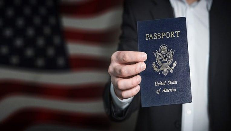 73d6ea66-Pixabay_passport_113018_1543599781310.jpg