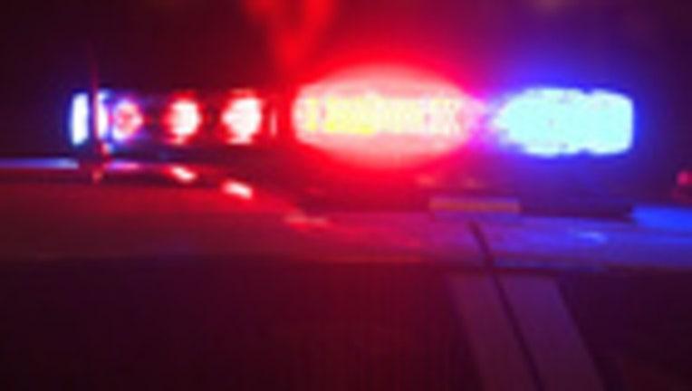 5b5e6229-Police Lights_1545908178004.jpg.jpg