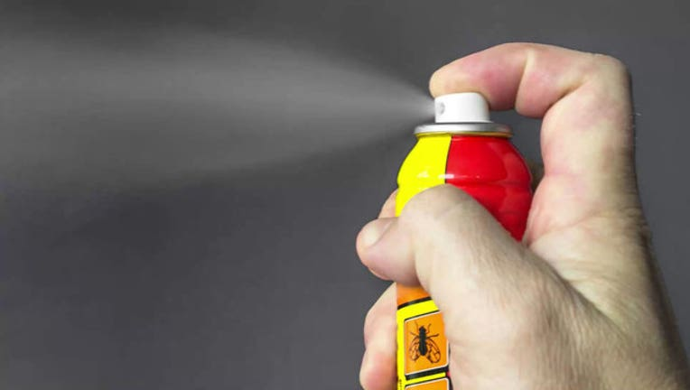 336b21ad-Police_warn_wasp_spray_is_being_used_as__0_20190716233817-400801-400801
