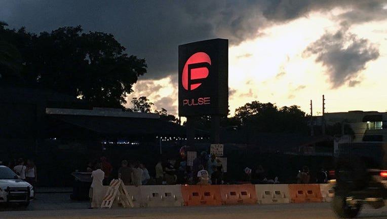 Pulse-sign-lit_1466647870714.jpg