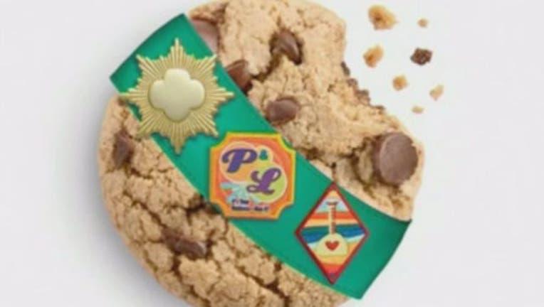 dcf8b355-Caramel Chocolate Chip cookie-401720.jpg