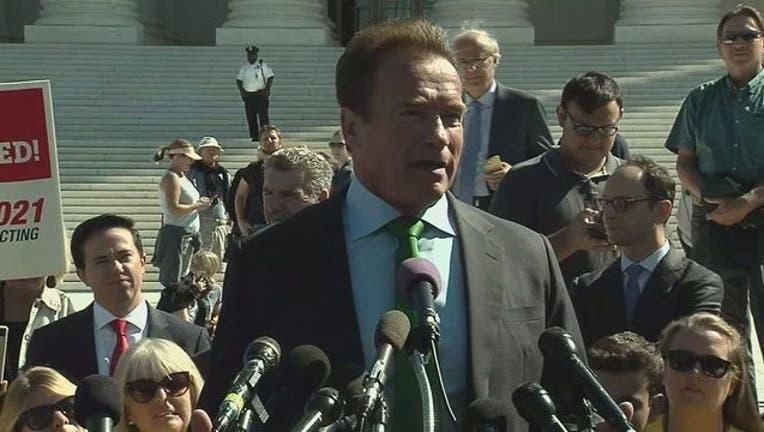 43ff6fd3-Arnold Schwarzenegger-401720.jpg