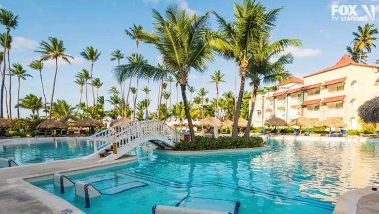 551bcb75-Woman__53__died_on_vacation_in_Dominican_0_20190614202149-400801-400801