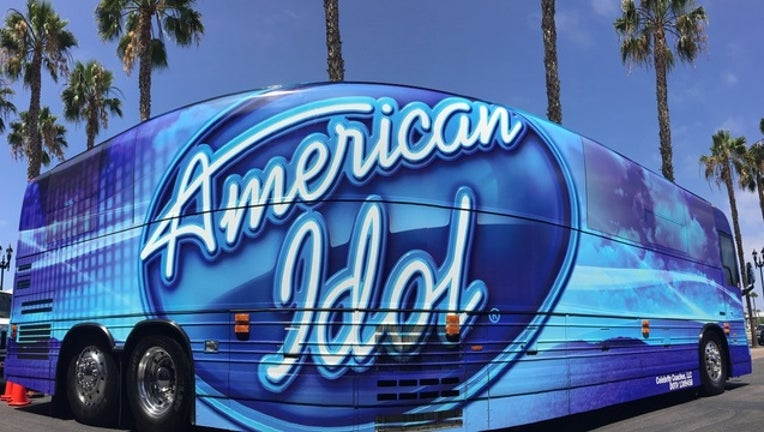 67b5f98d-american idol bus disney springs_1501772870903.jpg