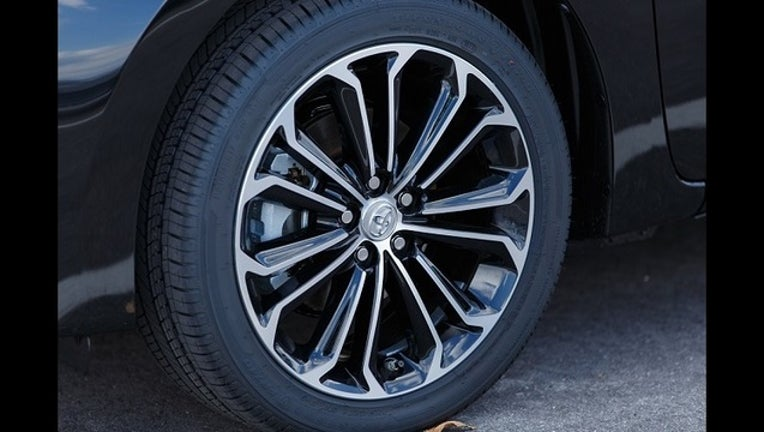 e4d2b9c3-auto tires for sale_1441134453733.jpg