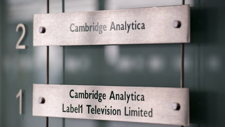 24950073-cambridge-analytica-GETTY_1522017731543-401720.jpg