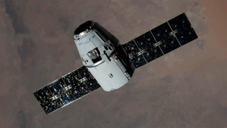 6cb4b8e0-dragon in space_1502887889128-401385.jpg