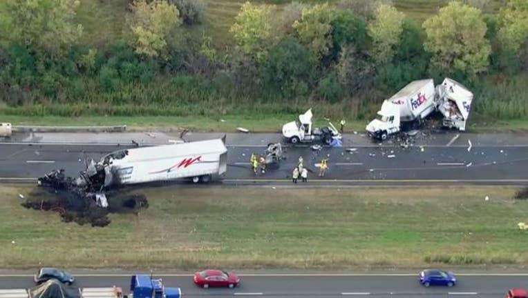 b4ef12bd-fatal-joliet-crash_1506428302023-404023.JPG