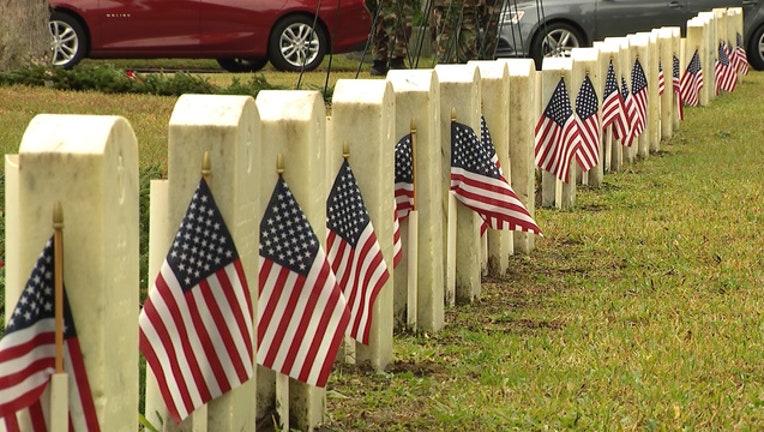 8b4c6263-veterans-headstones_1558990081970.jpg