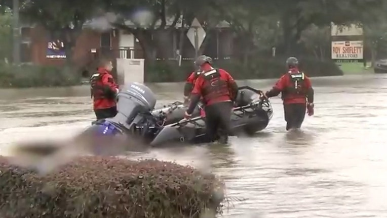 519fc4fa-Hurricane Harvey rescues-401720