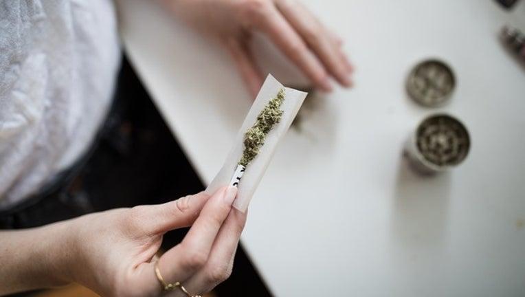 5739fdde-marijuana_generic_04_unsplash_112718_1543328802037-401096.jpg