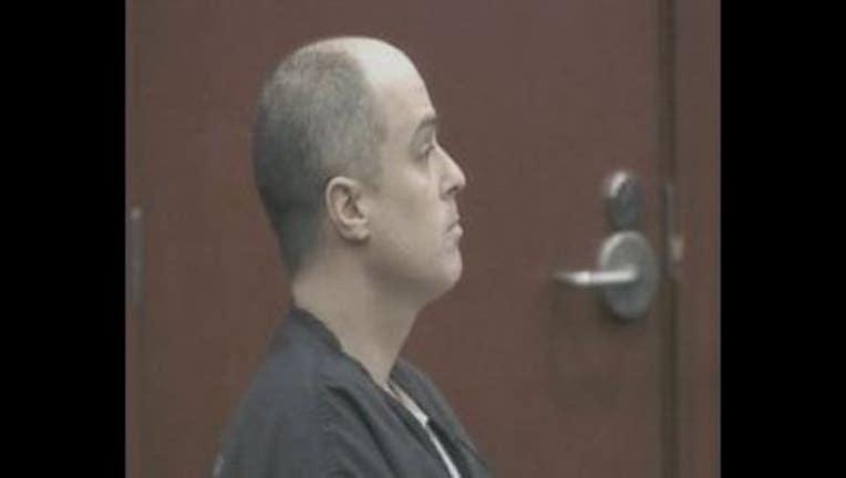 8bf65498-Matthew Apperson in court