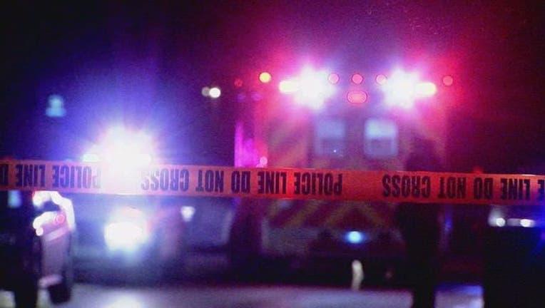 db055412-police_lights_crime_tape-65880.jpg