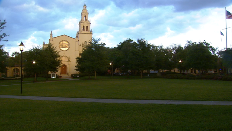 rollins-college1_1490842737606.png