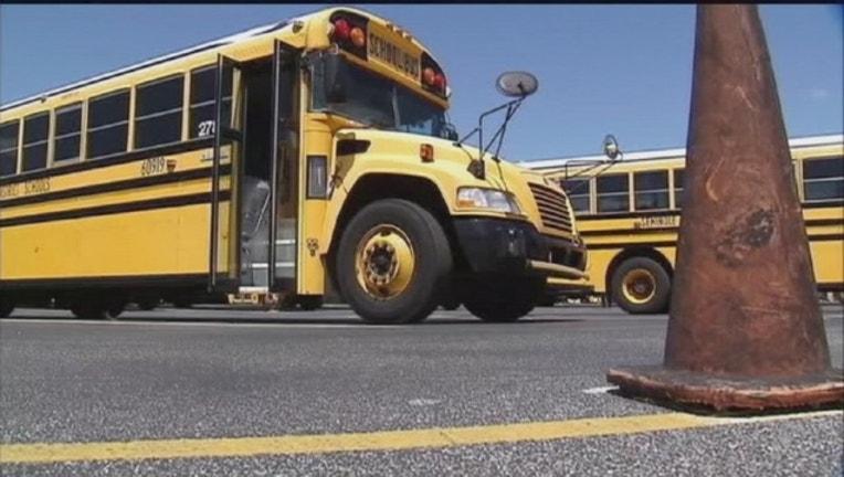 d5b51659-school-buses_1444346092560.jpg