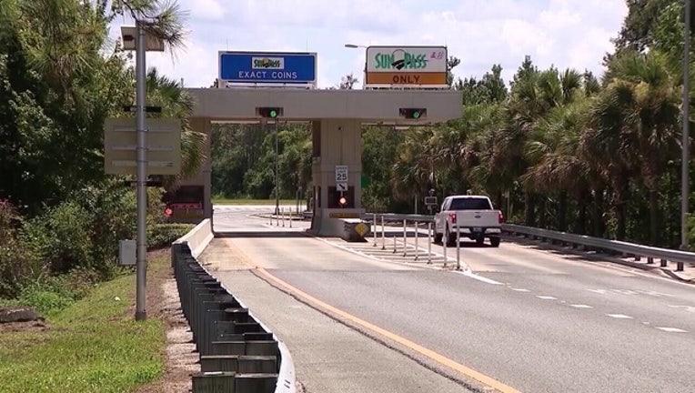 sunpass toll booth 2_1556204919762.jpg-401385.jpg
