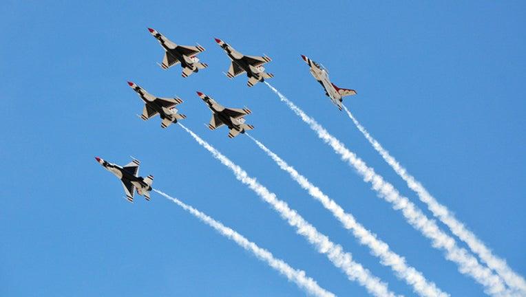 aa715043-thunderbirds_1523040982533-401385.jpg