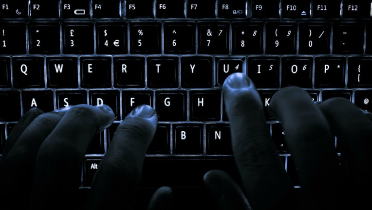 f0667e55-typing-keyboard_1458167313619-404023.jpg