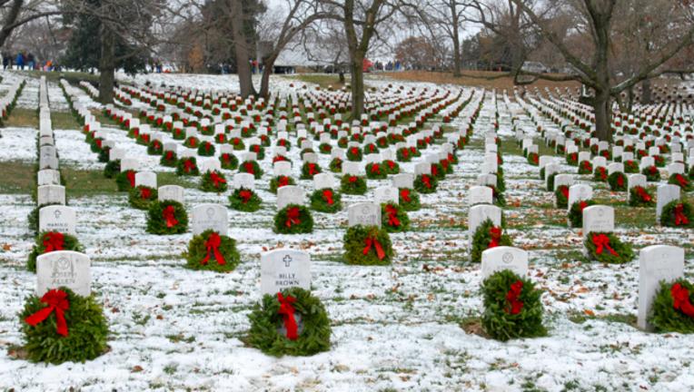 6b798a54-veteran-graves-wreaths_1479749396695-404023.png