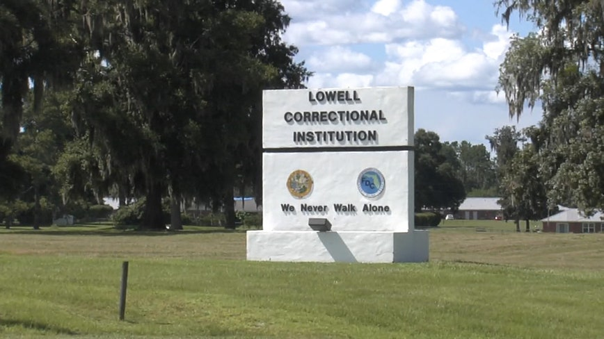 Report: Florida corrections officer being dismissed from women's prison