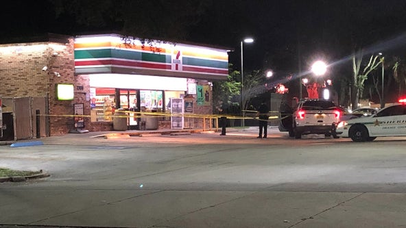 1 person seriously injured after stabbing at Orange County 7-Eleven