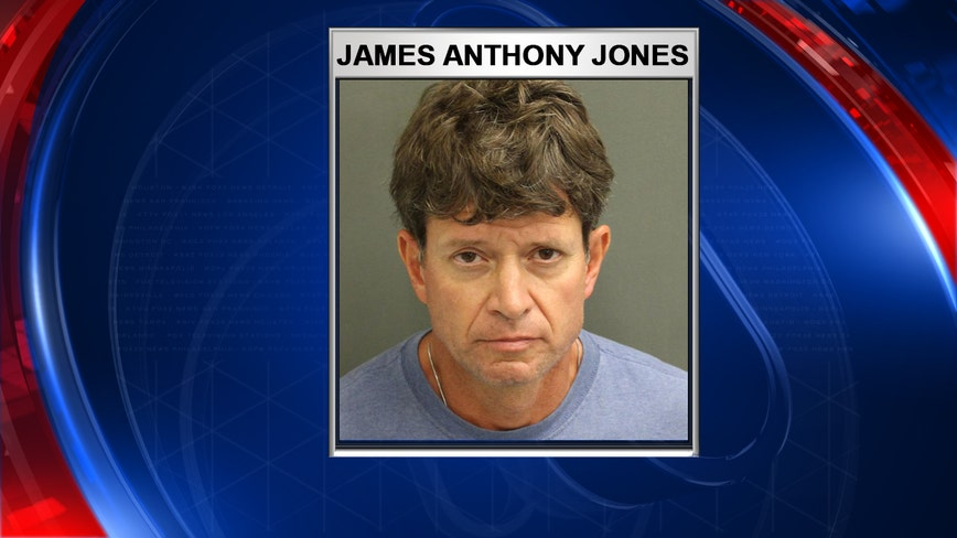 Man accused of inappropriate contact with child at Magic Kingdom