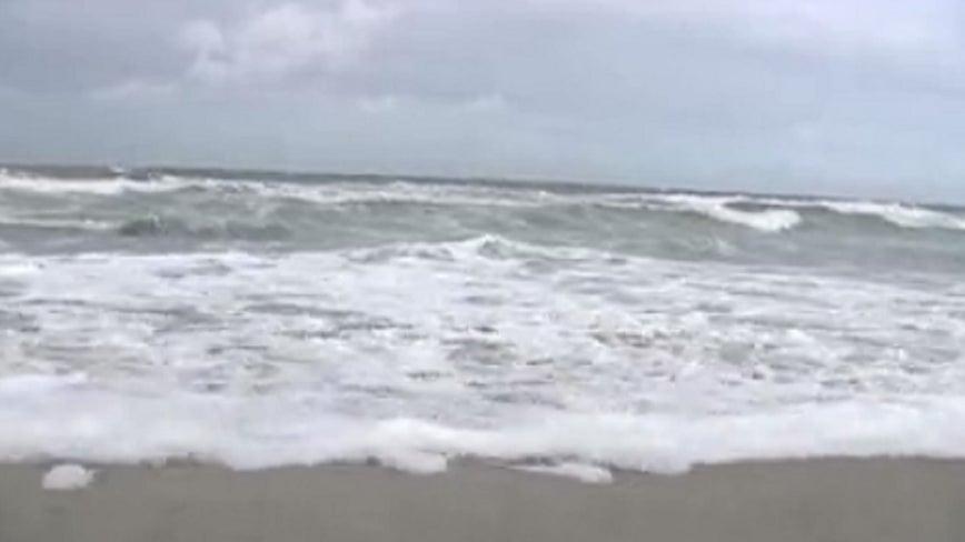 Man caught in rip current in Ormond Beach dies