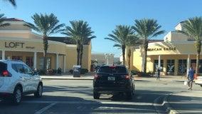 Black Friday shopping at the Orlando Vineland Premium Outlets