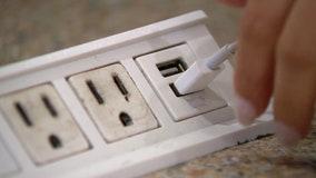 'Juice jacking': Be careful using public USB chargers, authorities warn
