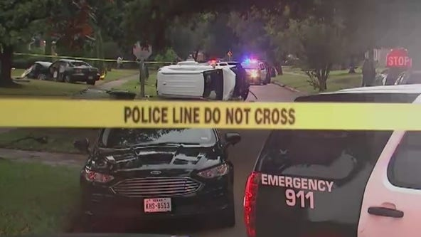 Elderly woman killed in crash involving teenage robbery suspects in SW Houston: HPD