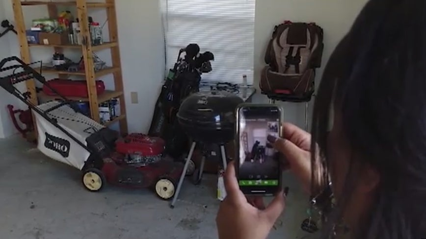 Remove your unwanted junk with one shot from your smartphone