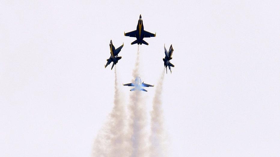 blue-angels2.jpg
