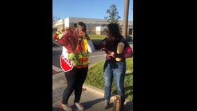 Parents, students at Orlando elementary school surprise crossing guard with holiday gifts