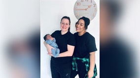 Lesbian couple 1st to carry baby in both of their wombs through 'shared motherhood' treatment