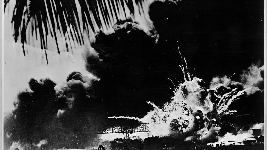 Pearl-Harbor-naval-base-and-U.S.S.-Shaw-ablaze___USNavy.jpg