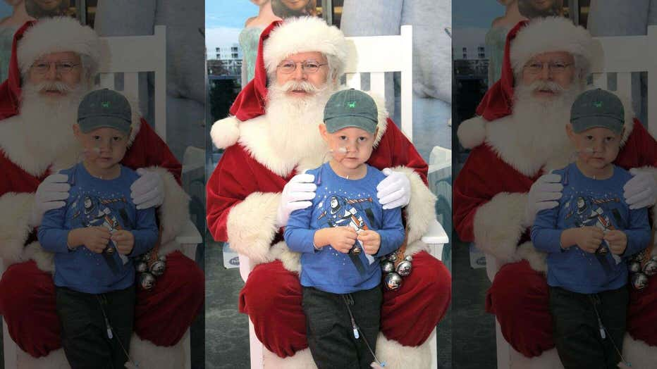 Santa-even-made-a-special-stop-to-say-hello-to-the-children-at-the-hospital..jpg