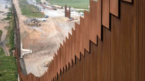 Appeals court lifts block on $3.6B in military construction funds for border wall