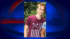 DeLand police officers searching for missing teen