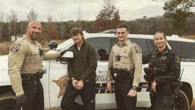 Alabama man caught with meth, heroin asks for photo with arresting deputies