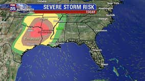 Weekend severe weather threat cranking up, moves closer to Florida