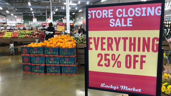 Shoppers snagging deals at Lucky's Market before grocery store closes