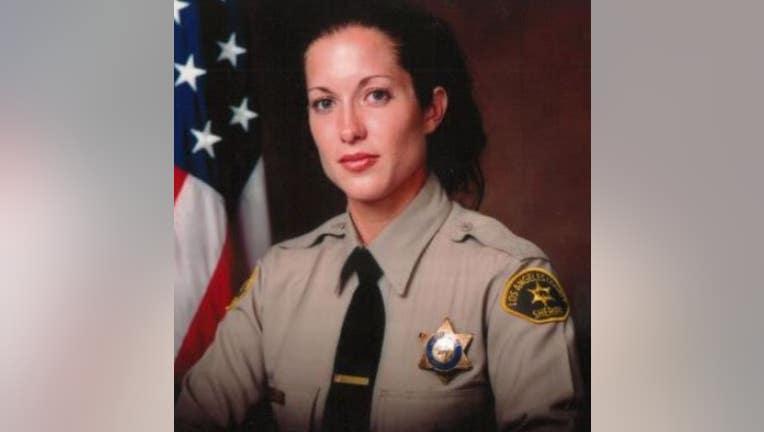 DeputyAmberLAPD.jpg