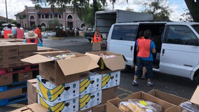 Hundreds line up at Central Florida food bank after coronavirus leaves them in a pinch