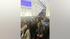 Governor to feds: 'Get your s*** together' after massive lines at O'Hare customs screening
